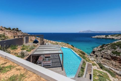 Amazing Seafront Villa in Crete. Property for sale in Crete Chania, property for sale in Greece beachfront, luxury waterfront homes for sale in Greece 23