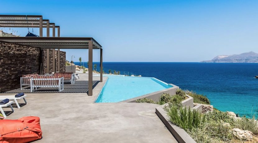 Amazing Seafront Villa in Crete. Property for sale in Crete Chania, property for sale in Greece beachfront, luxury waterfront homes for sale in Greece 27