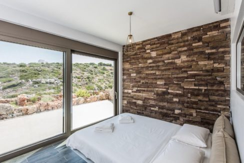 Amazing Seafront Villa in Crete. Property for sale in Crete Chania, property for sale in Greece beachfront, luxury waterfront homes for sale in Greece 6