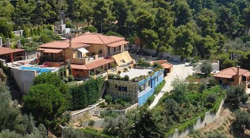 Big Property at Skiathos Greece, Sporades, hotels for sale Skiathos, moving to skiathos, Villa for sale in skiathos island