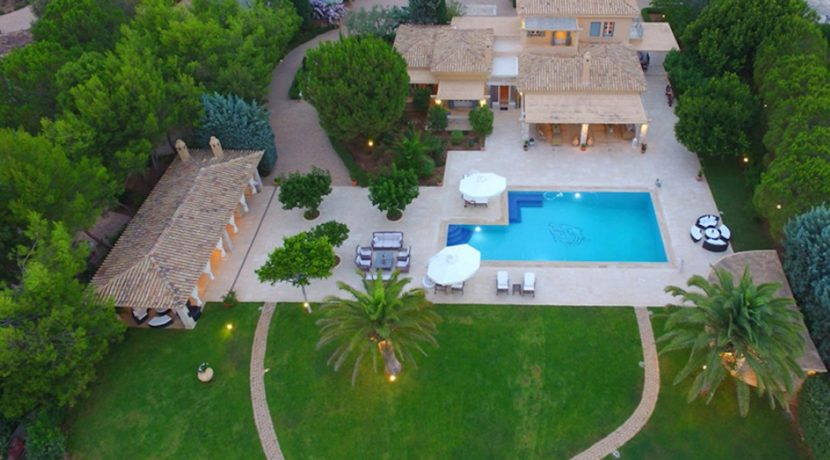 Luxury Seafront Villa for sale in Porto Heli. Property for sale in Greece beachfront, beach house for sale Mediterranean, Villa in Porto Heli 13