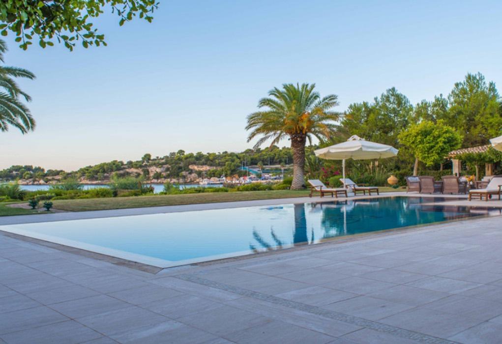 Luxury Seafront Villa for sale in Porto Heli