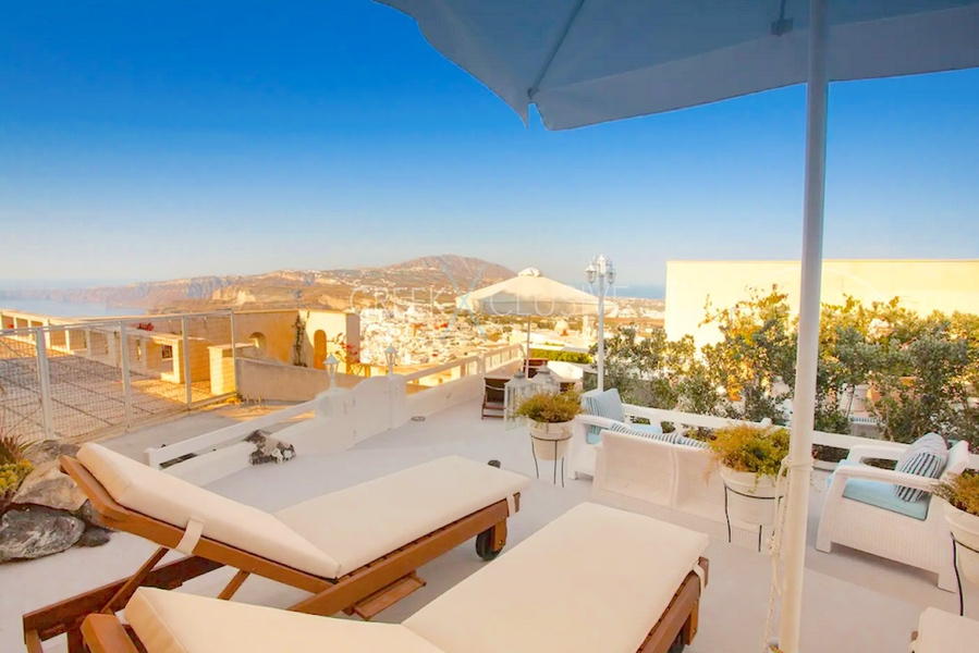 Luxury houses for sale in Santorini. Homes for sale in Santorini Greece 3