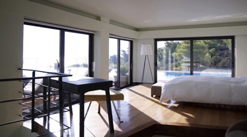 Seafront Villa Porto Heli, Peloponnese. Luxury property for sale Peloponnese, Peloponnese property for sale, Greece property for sale by the beach 10