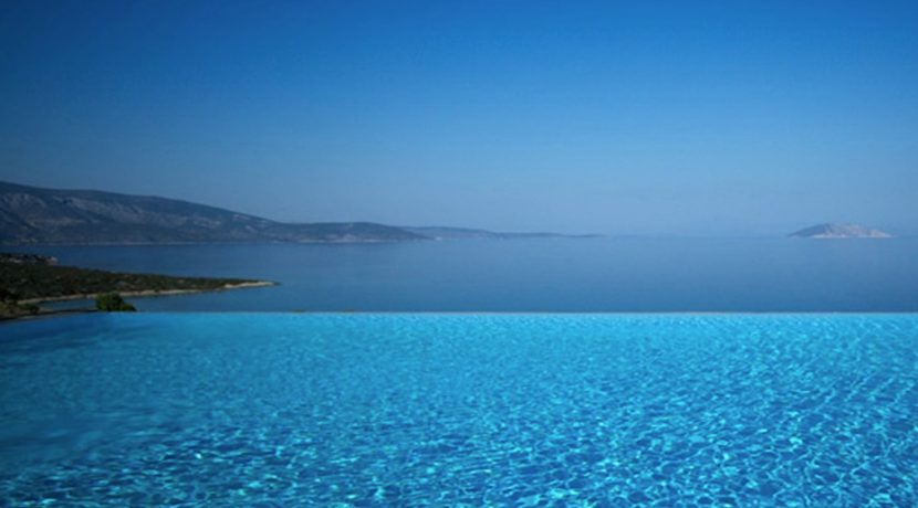 Seafront Villa Porto Heli, Peloponnese. Luxury property for sale Peloponnese, Peloponnese property for sale, Greece property for sale by the beach 4