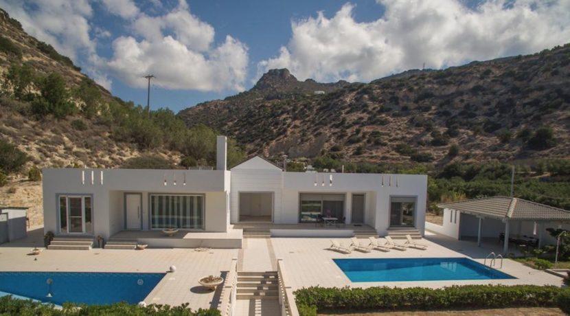 Seafront Villa near Ierapetra in Crete. Crete property for sale or rent 18