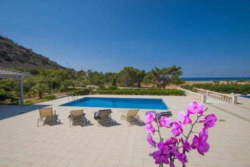 Seafront Villa near Ierapetra in Crete. Crete property for sale or rent 6