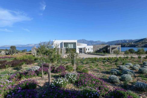 Beachfront Luxury Villa in Crete, Agios Nikolaos. Luxury Beachfront Property in Crete, Seafront Villa Crete for Sale, Luxury Estate in Crete 21