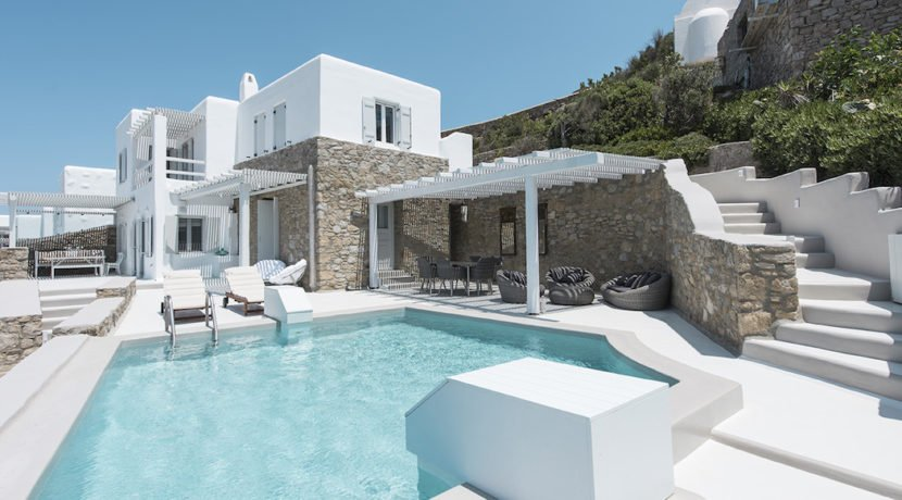 Big Luxury Villa in Mykonos, Ag. Ioannis Diakoftis. Top Villas Mykonos, Mykonos VIllas for Sale, Luxury Villa in Mykonos, Real Estate in Mykonos