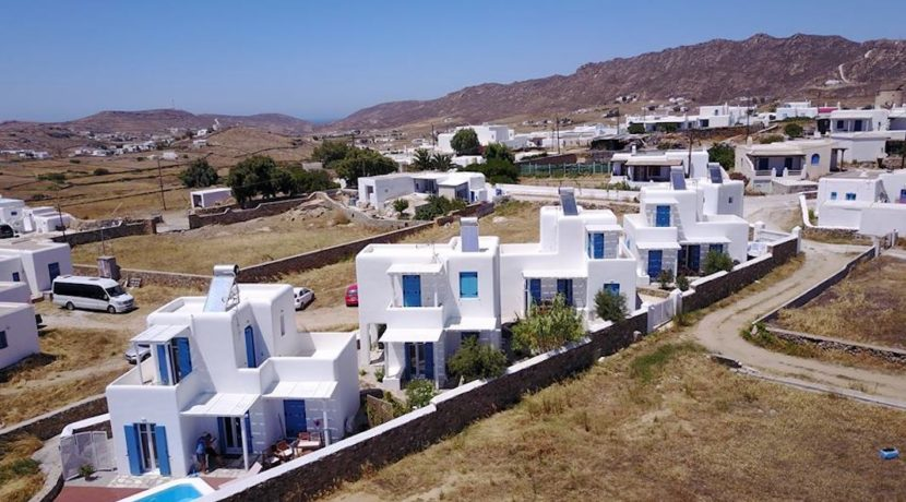 Investment in Mykonos. Great Investment opportunity! 4 Villas Hotel for Sale at great price. Real Estate in Mykonos, Villas for Sale in Mykonos