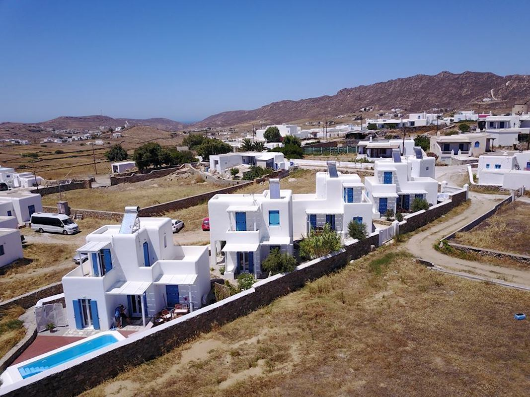 Investment in Mykonos: 4 Villas Complex