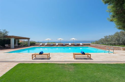 Luxury Complex of 3 Villas for Sale in Spetses island Greece. Villas for Sale in Spetses, Spetses island near Athens, for Sale in Spetses Greece