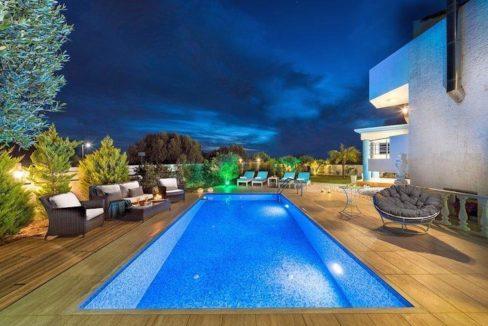 Luxury Villa for sale in Hersonissos Crete. Property for sale Hersonissos Crete, property for sale in Crete Heraklion, property for sale in Crete