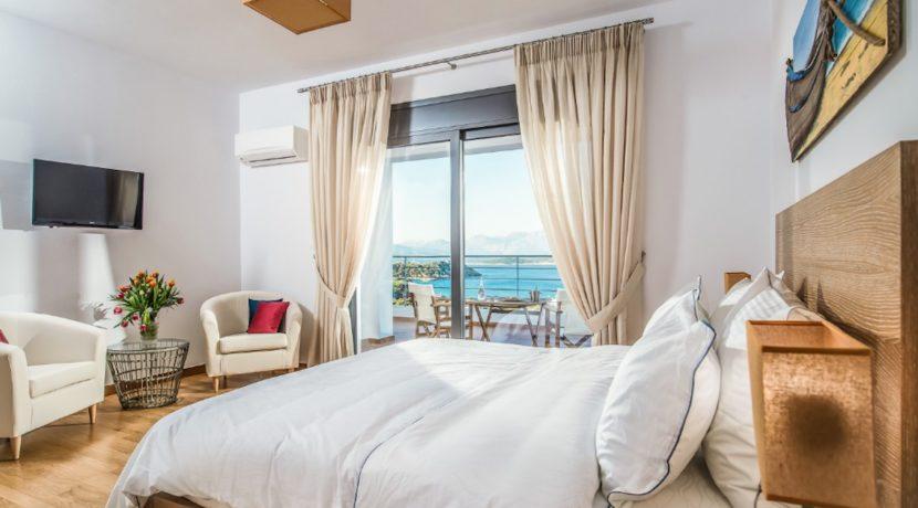 Luxury Villa in Agios Nikolaos Crete, by the sea. Villas for Sale in Crete, Seafront Villas in Crete, Luxury Estate Crete 12