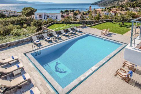 Luxury Villa in Agios Nikolaos Crete, by the sea. Villas for Sale in Crete, Seafront Villas in Crete, Luxury Estate Crete 21