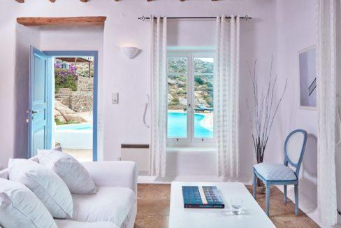 Luxury villa in Mykonos with 10,000 sqm land. Mykonos Villas, Luxury Villa for Sale in Mykonos, Mykonos Luxury Villas, Real Estate Mykonos, Agrari 10