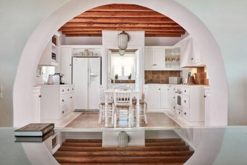 Luxury villa in Mykonos with 10,000 sqm land. Mykonos Villas, Luxury Villa for Sale in Mykonos, Mykonos Luxury Villas, Real Estate Mykonos, Agrari 19