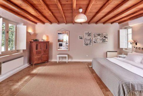 Luxury villa in Mykonos with 10,000 sqm land. Mykonos Villas, Luxury Villa for Sale in Mykonos, Mykonos Luxury Villas, Real Estate Mykonos, Agrari 2