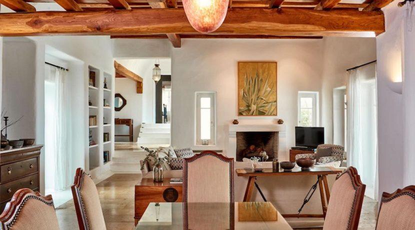 Luxury villa in Mykonos with 10,000 sqm land. Mykonos Villas, Luxury Villa for Sale in Mykonos, Mykonos Luxury Villas, Real Estate Mykonos, Agrari 21