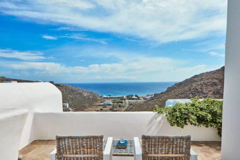 Luxury villa in Mykonos with 10,000 sqm land. Mykonos Villas, Luxury Villa for Sale in Mykonos, Mykonos Luxury Villas, Real Estate Mykonos, Agrari 29