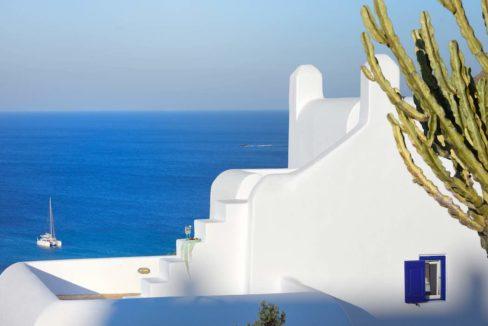 Luxury villa in Mykonos with 10,000 sqm land. Mykonos Villas, Luxury Villa for Sale in Mykonos, Mykonos Luxury Villas, Real Estate Mykonos, Agrari 30