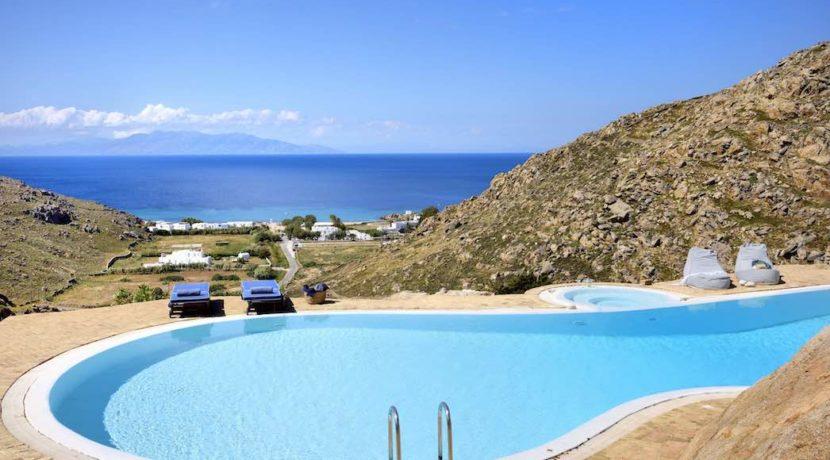 Luxury villa in Mykonos with 10,000 sqm land. Mykonos Villas, Luxury Villa for Sale in Mykonos, Mykonos Luxury Villas, Real Estate Mykonos, Agrari 35