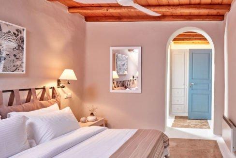 Luxury villa in Mykonos with 10,000 sqm land. Mykonos Villas, Luxury Villa for Sale in Mykonos, Mykonos Luxury Villas, Real Estate Mykonos, Agrari 6