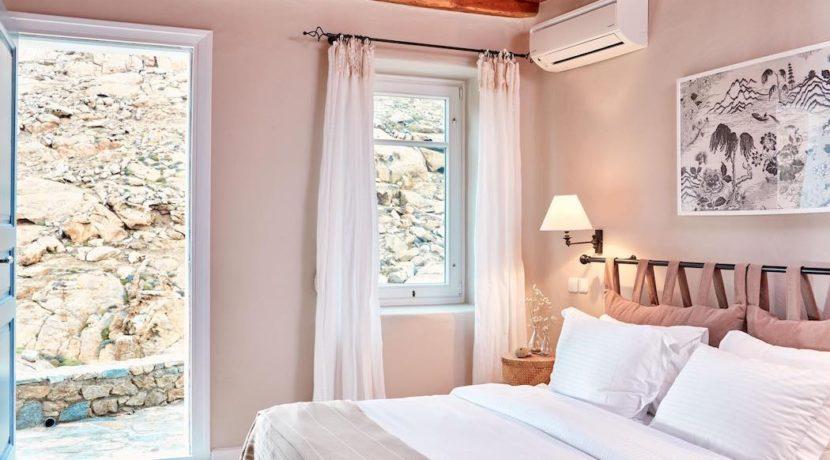 Luxury villa in Mykonos with 10,000 sqm land. Mykonos Villas, Luxury Villa for Sale in Mykonos, Mykonos Luxury Villas, Real Estate Mykonos, Agrari 7