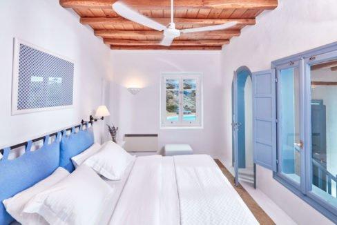 Luxury villa in Mykonos with 10,000 sqm land. Mykonos Villas, Luxury Villa for Sale in Mykonos, Mykonos Luxury Villas, Real Estate Mykonos, Agrari 8