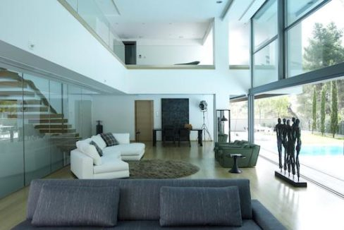 Luxury villa in North Athens, Dionisos area. Luxury Villas in North Athens, Villas in Athens, Luxury Property in Athens, Villa with Pool for Sale in Attica 10