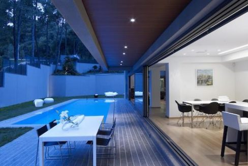 Luxury villa in North Athens, Dionisos area. Luxury Villas in North Athens, Villas in Athens, Luxury Property in Athens, Villa with Pool for Sale in Attica 12