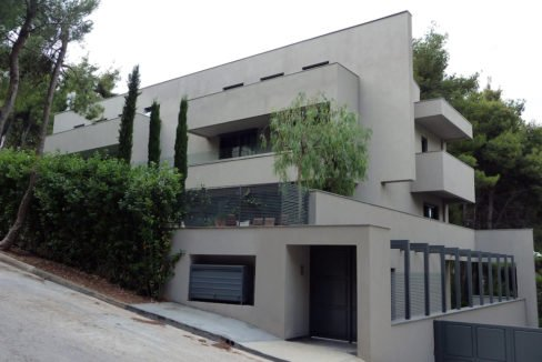Luxury villa in North Athens, Dionisos area. Luxury Villas in North Athens, Villas in Athens, Luxury Property in Athens, Villa with Pool for Sale in Attica 18