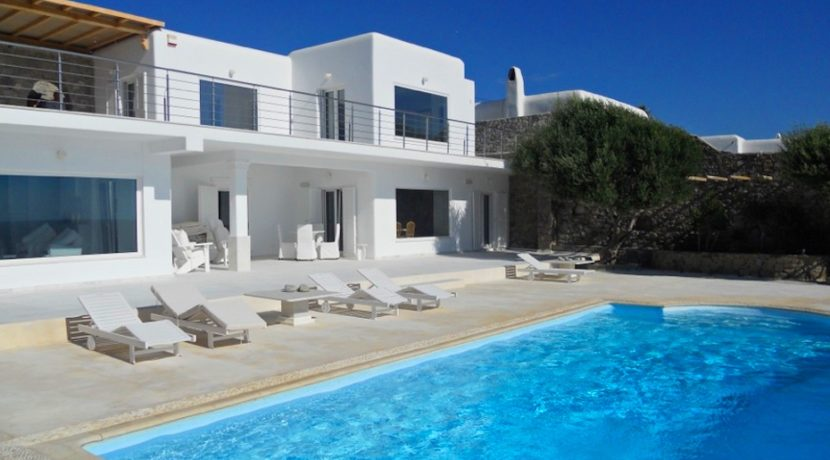 Mykonos Villa in Aleomandra, Agios Ioannis Diakoftis FOR SALE. Mykonos Villas for Sale, Luxury Villas in Mykonos for Sale, Property in Mykonos for Sale 1