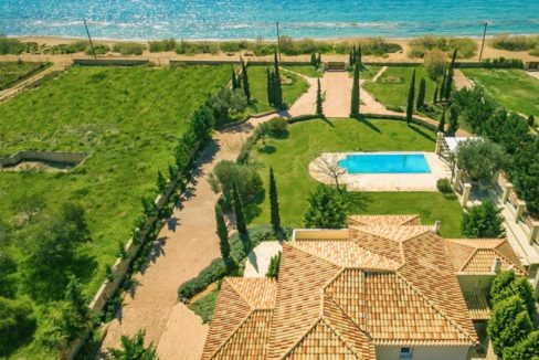 NEW Seafront Villa in Peloponnese, Beachfront Property in Porto Heli. Buy this luxury Villa at the most cosmopolitan spot in Greece. Porto Heli Real Estate 2