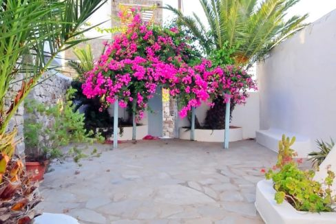 Traditional 2 levels Villa with sea view in Mykonos Center. Mykonos Chora Property for Sale, Mykonos Center House for Sale 3