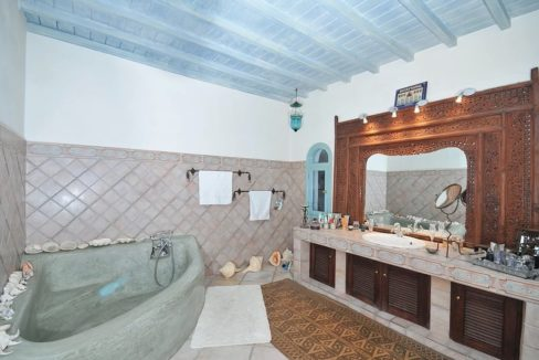 Traditional 2 levels Villa with sea view in Mykonos Center. Mykonos Chora Property for Sale, Mykonos Center House for Sale 5