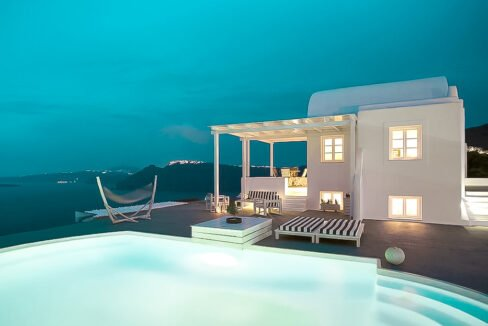 Villa at Oia Santorini, Cave Villa Oia Santorini, Oia Property for Sale 4