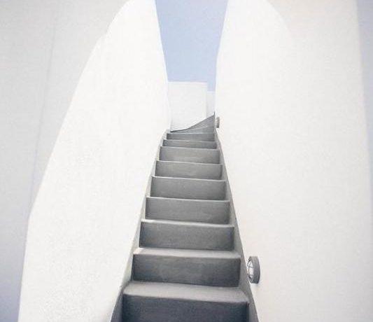 Villa in Santorini, Property in Akrotiri Santorini, Villas in Santorini, Property in Santorini, Santorini Real Estate, Santorini Greece Homes 2