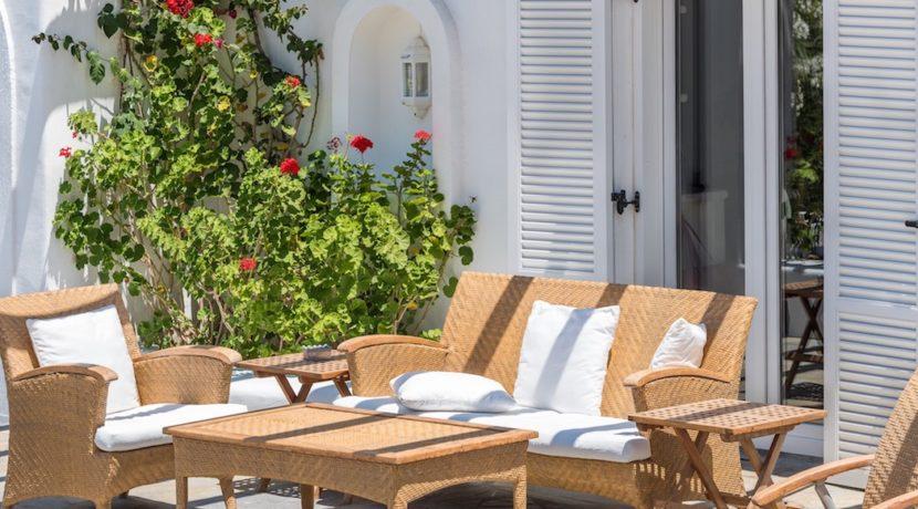 Waterfront Luxury Villa in Mykonos. Mykonos estates, elite estates Mykonos, Luxury Estate Mykonos, Seafront Villa Mykonos, Mykonos Villas 13