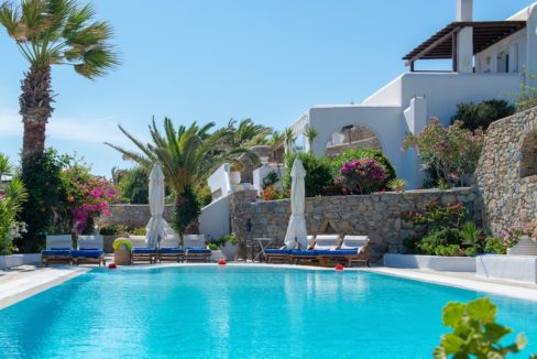 Waterfront Luxury Villa in Mykonos. Mykonos estates, elite estates Mykonos, Luxury Estate Mykonos, Seafront Villa Mykonos, Mykonos Villas 22