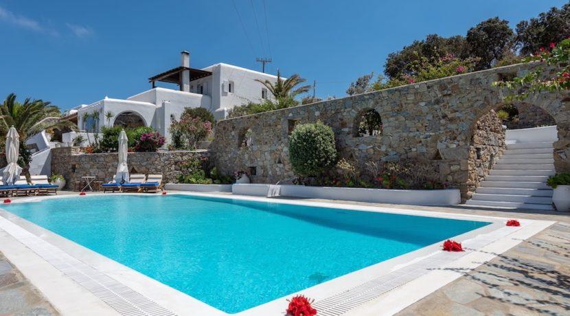 Waterfront Luxury Villa in Mykonos. Mykonos estates, elite estates Mykonos, Luxury Estate Mykonos, Seafront Villa Mykonos, Mykonos Villas 23