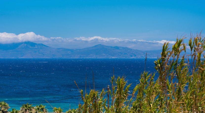 Waterfront Luxury Villa in Mykonos. Mykonos estates, elite estates Mykonos, Luxury Estate Mykonos, Seafront Villa Mykonos, Mykonos Villas 24