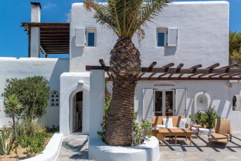 Waterfront Luxury Villa in Mykonos. Mykonos estates, elite estates Mykonos, Luxury Estate Mykonos, Seafront Villa Mykonos, Mykonos Villas 26