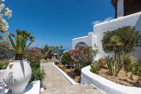 Waterfront Luxury Villa in Mykonos. Mykonos estates, elite estates Mykonos, Luxury Estate Mykonos, Seafront Villa Mykonos, Mykonos Villas 30