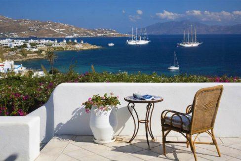 Waterfront Luxury Villa in Mykonos. Mykonos estates, elite estates Mykonos, Luxury Estate Mykonos, Seafront Villa Mykonos, Mykonos Villas 31