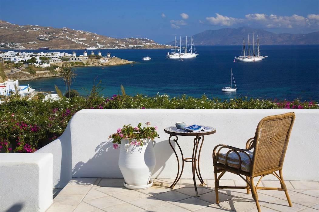 Waterfront Luxury Villa in Mykonos, Near Chora