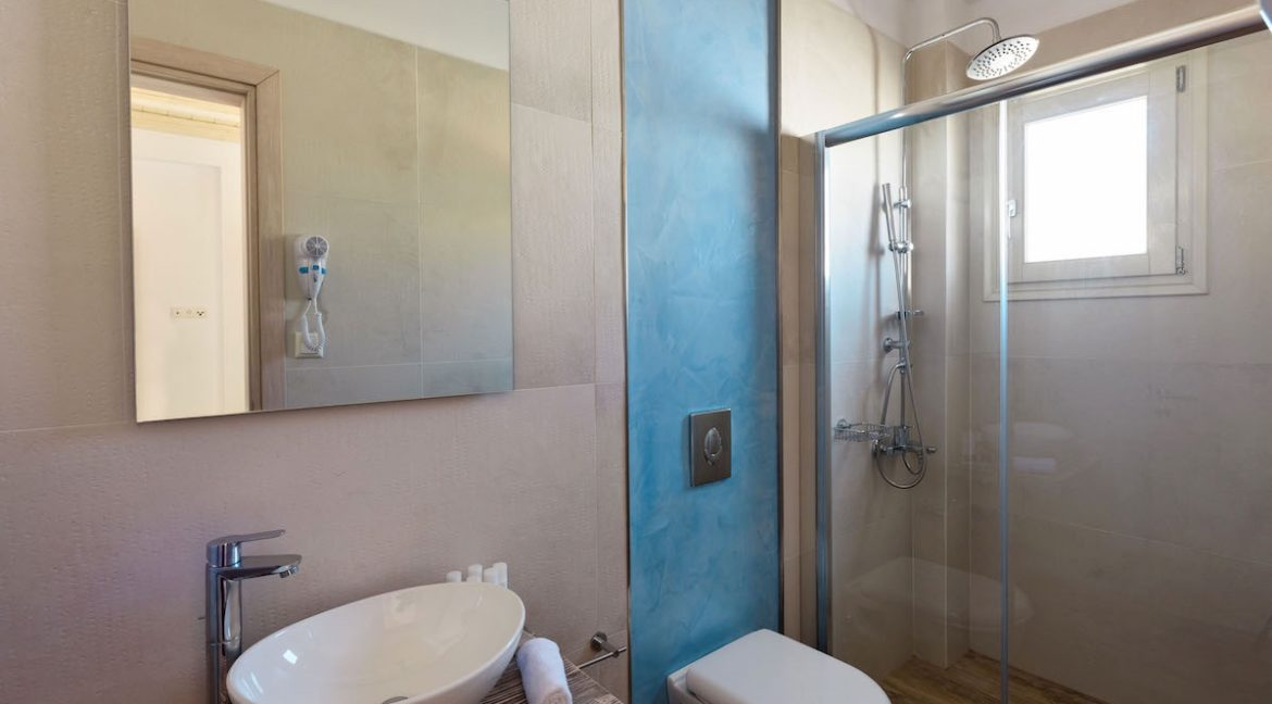Beautiful House for Sale in Paros, Villa for Sale in Paros Greece, Property in Paros Greece, House in Paros, House in Greece 2