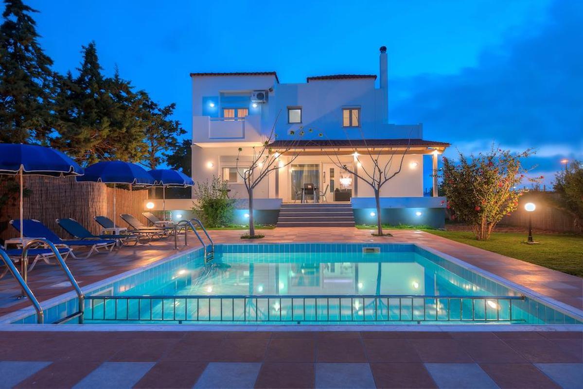 Beautiful Villa in Heraklio Crete with 4 Bedrooms