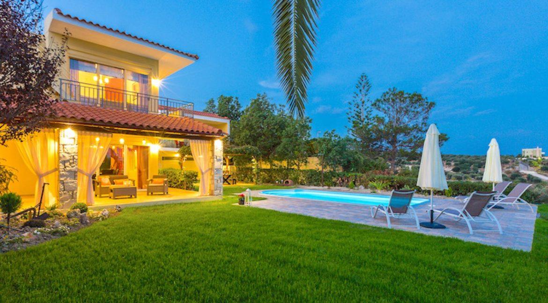 Beautiful Villa near the sea in Crete 24