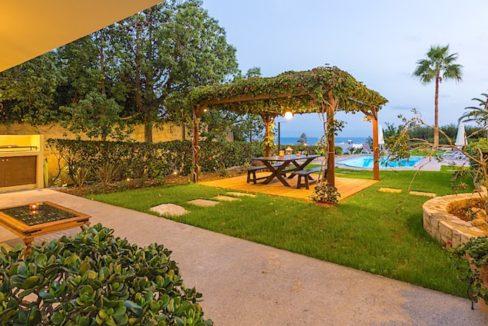 Beautiful Villa near the sea in Crete 25